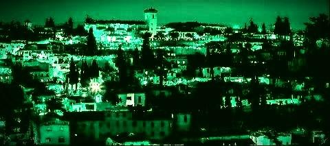 L'Alhambra de Grenade l'un des plus beaux monuments de l'architecture islamique